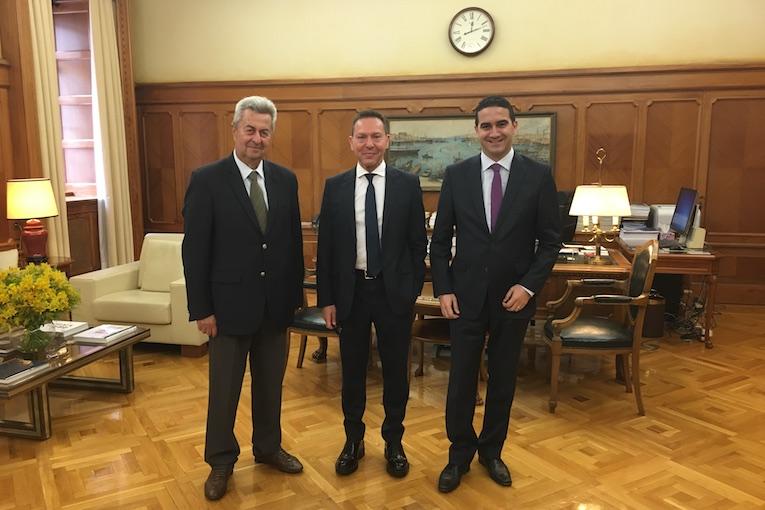 Στον Στουρνάρα Νικολούτσος – Κατρίνης για πυρόπληκτα δάνεια – εξωδικαστικό