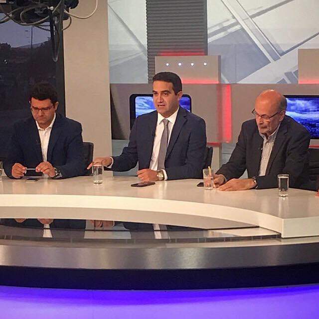 Στη σημερινή «Πρώτη Είδηση» της ΕΡΤ1 για την περικοπή συντάξεων που ψήφισαν οι ΣΥΡΙΖΑ-ΑΝΕΛ και το διπλό προΰπολογισμό εν μέσω κατακρήμνισης των τραπεζικών μετοχών